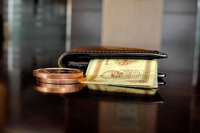 Odkładaj nawet niewielkie sumy, załóż konto oszczędnościowe i… - doradzamy, jak wyrobić w sobie nawyk regularnego oszczędzania pieniędzy